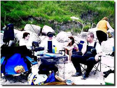 bootsangeln-vor-dem-strand-in-katharinenhof-2002-4