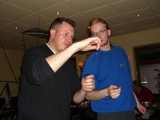 Ole und Andy bei einer Vorführung der Brandungsvorfächer