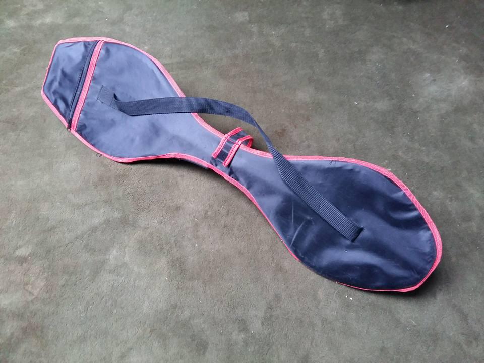 Waveboard in der Tasche