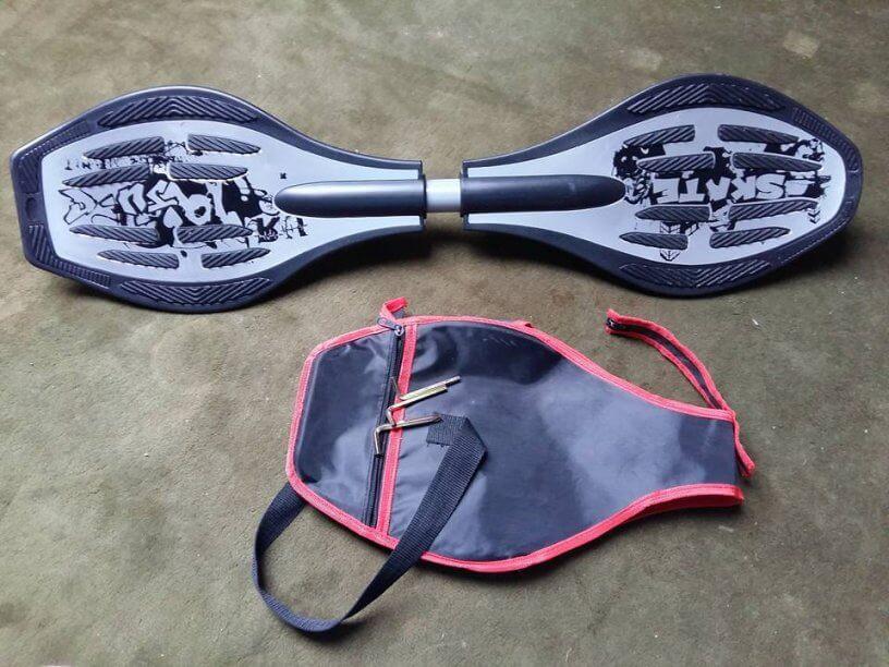Waveboard mit Tasche